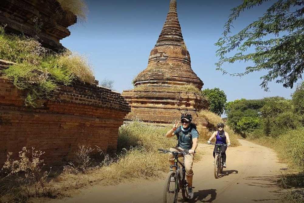 Cycling Tour in Bagan